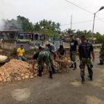 Satgas Raider 300 Bantu Pendirian Bangunan Sekolah TK